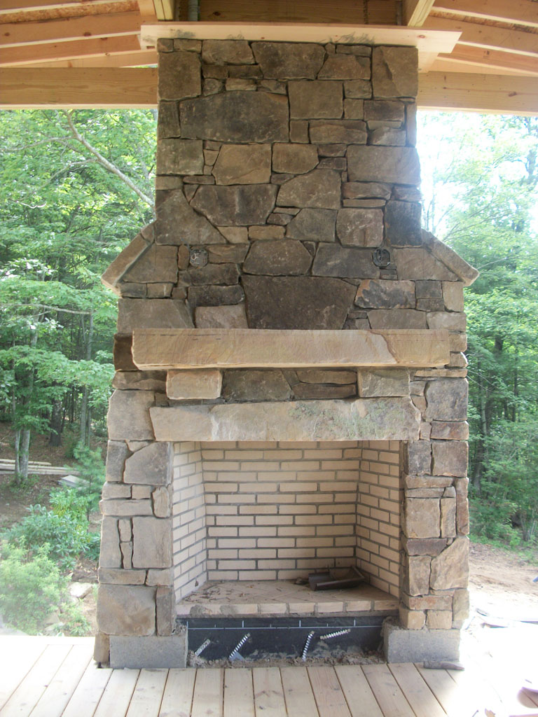 Fieldstone Tennessee fireplace sample 02