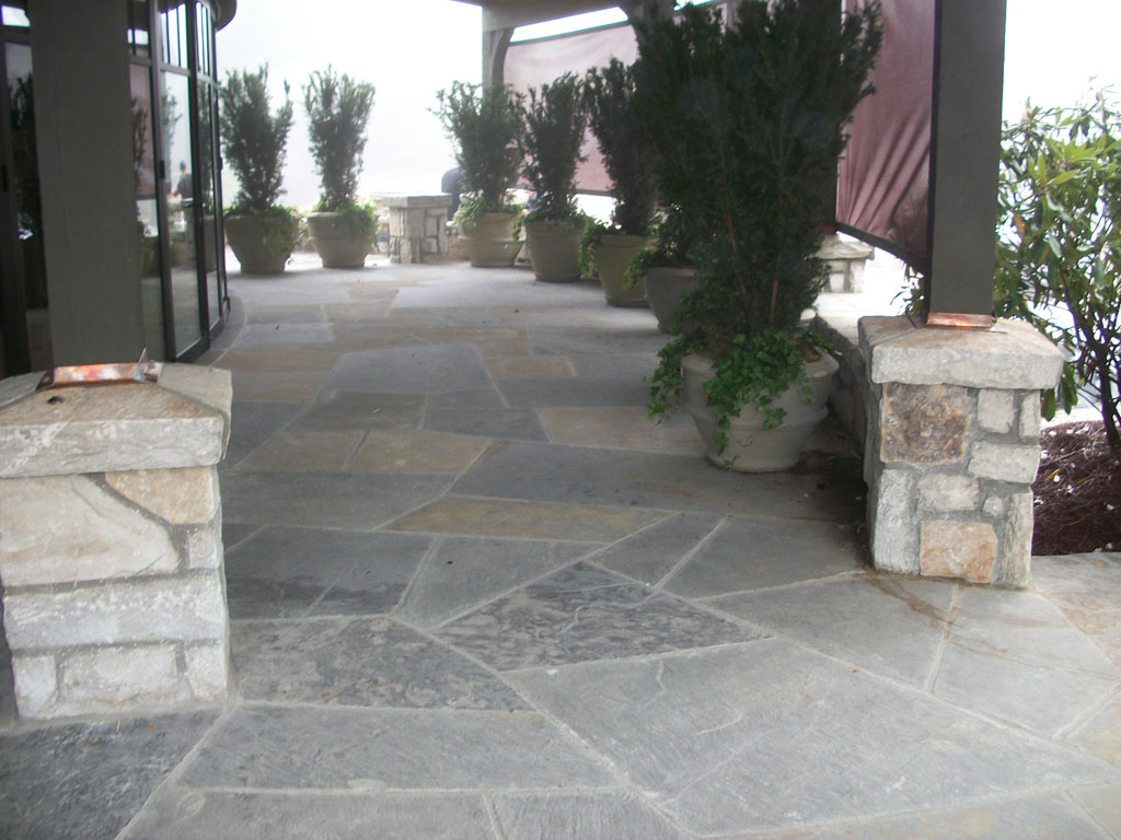 Grey crab orchard super slabs stone patio sample 10