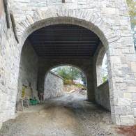 Arch Stone 18